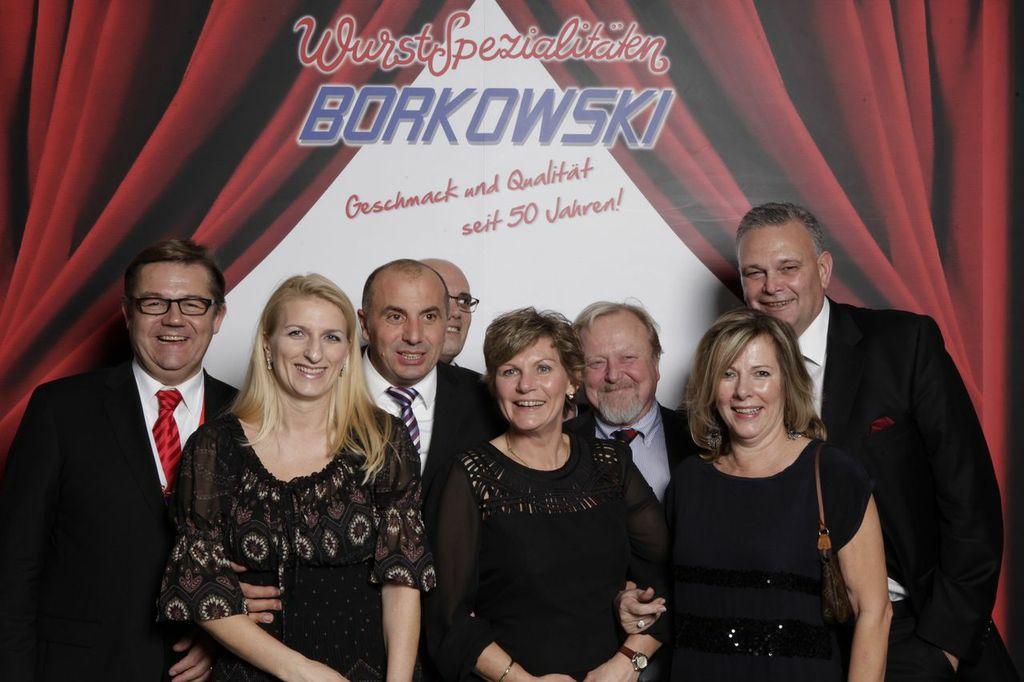 (von links nach rechts): Frank Remage, Raffaela und Orazio Antonuccio, Pasquale Santoro, Hilke und Peter Liebing, Gisela und Bernd Krase